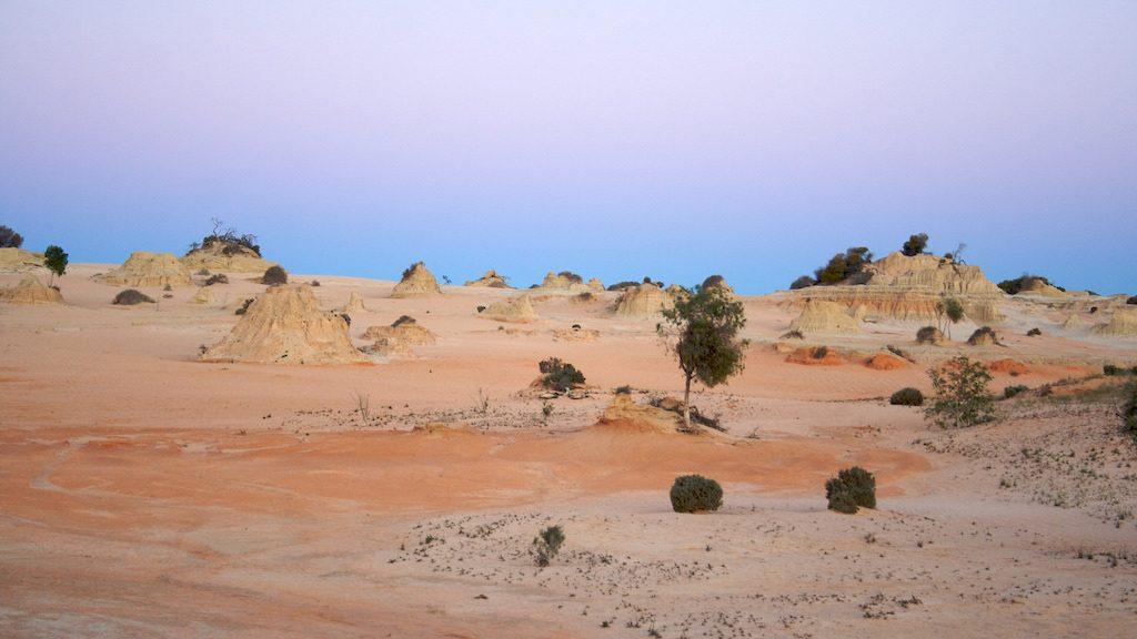 Camping Your Way Around Australia: Mungo National Park
