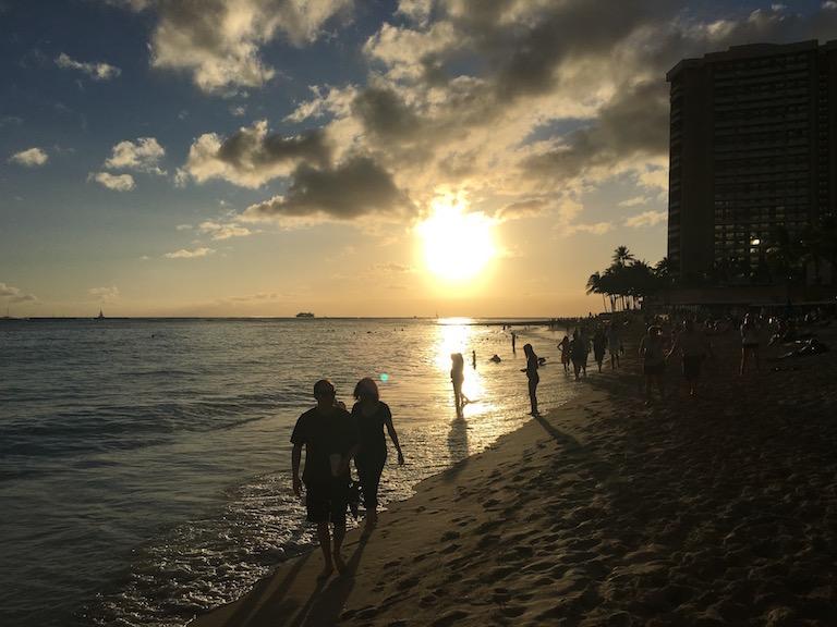 Money saving tips in Waikiki: Waikiki Beach at Sunset