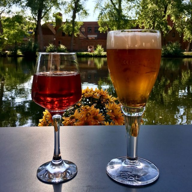 Brugge Drinks in the Sunshine