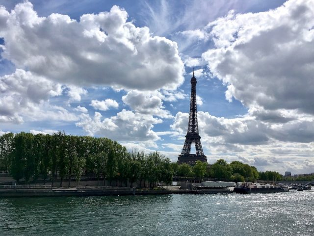Dog-friendly Paris